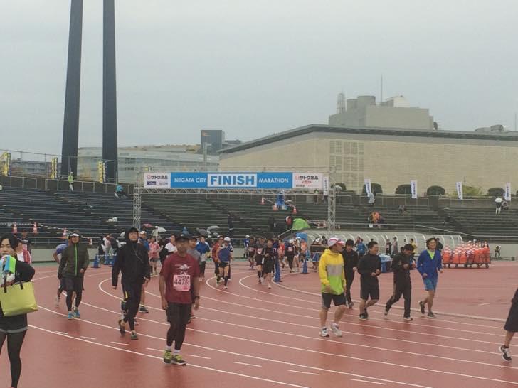 新潟シティマラソン2015完走記。サブ3.5